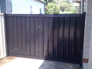 Double Swing Gates-Colorbond-1