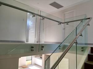 Frameless Glass Balustrade-Pin-Fixed-2