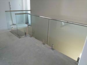 Frameless Glass Balustrade-Top Fixed-10
