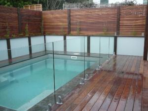 Frameless Glass Pool Fence-11
