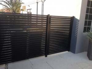 Gate With Side Panel-Powder Coated-1