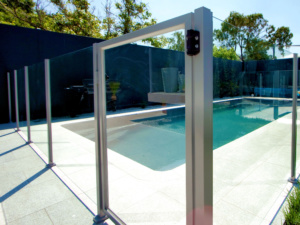 Semi Framless Glass Pool fence-3
