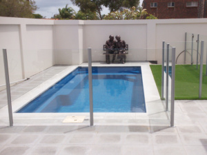 Semi Framless Glass Pool fence-6