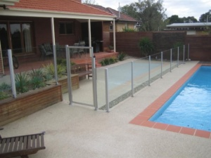 Semi Framless Glass Pool fence-8