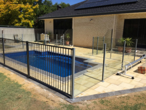 Semi framelessglass and alloy pool fencing-9