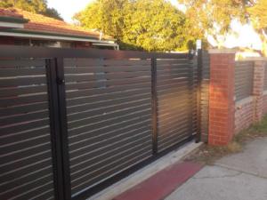 Sliding Gate-Gate in Gate-19