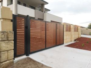 Sliding Gate-Wooden Grain Slats-10