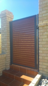 Welded frame single gate-Wooden Grain Slats-5